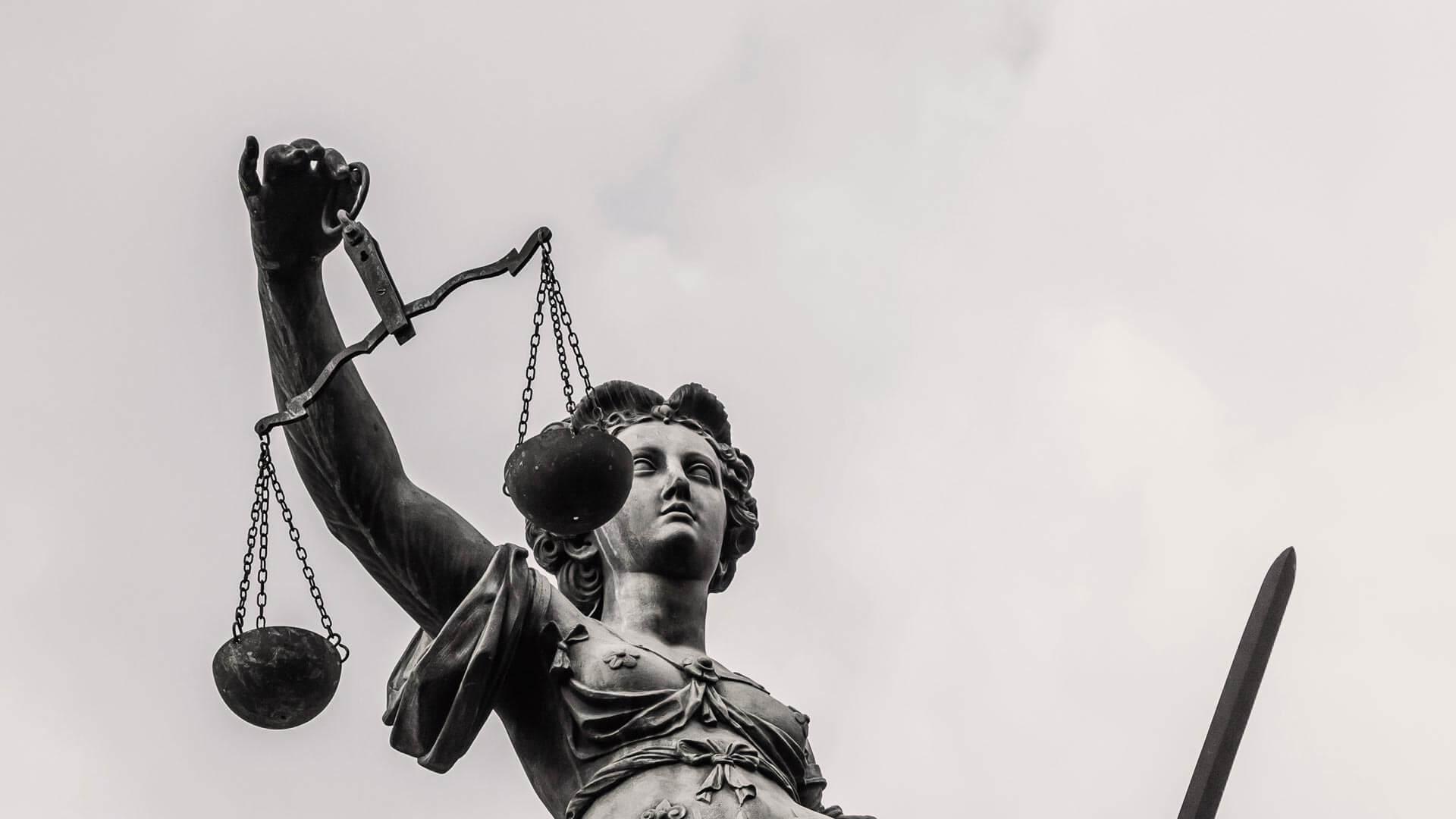 Verweigerung des Deckungsschutzes für eine Arzthaftungsklage